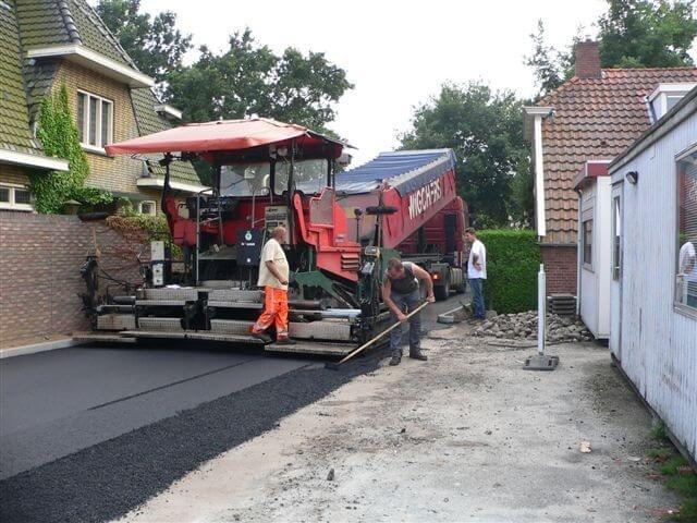 Bedrijfsterrein asfalteren