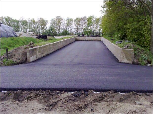 Werkzaamheden bedrijfsterrein asfalteren